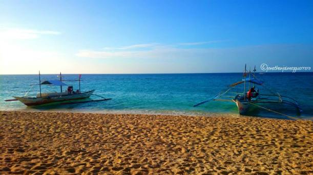 PUKA BEACH. Commissioned boats will wait for you until you're ready to go back to the main beach area.