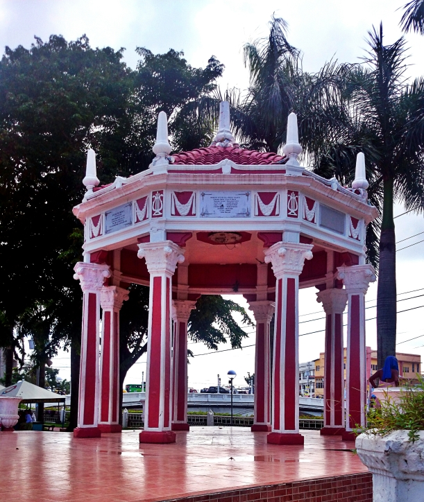 This simple bandstand is a venue for political and religious gatherings, and even small friendly rendezvous.