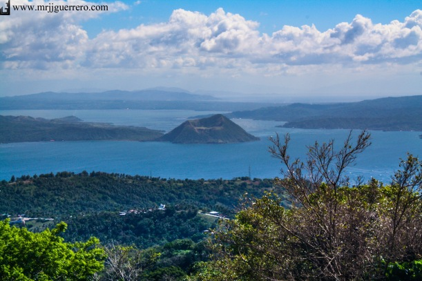Not just a good place to unwind, Tagaytay City is also a great place to invest. =)